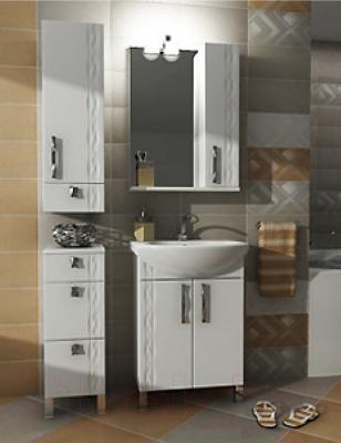 Шкаф с зеркалом для ванной Triton Кристи 55 (003.42.0550.101.01.01 R) - в интерьере