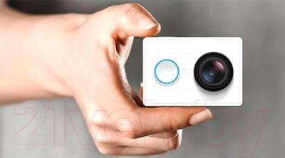Экшн-камера Xiaomi YI Set (белый)
