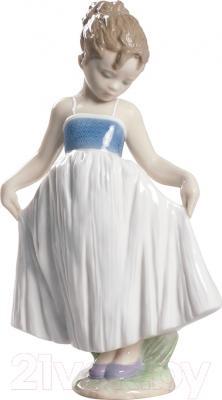 """Статуэтка Lladro Nios """"Посмотри на мое платье"""""""