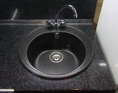 Мойка кухонная Polygran F-08 (черный)