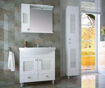 Шкаф с зеркалом для ванной Ванланд Ирис 2-65 L - в интерьере