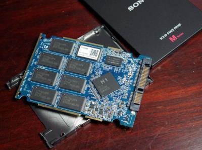 SSD диск Sony SLW-MG2