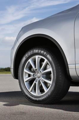 Летняя шина Goodyear EfficientGrip SUV 255/70R18 113H