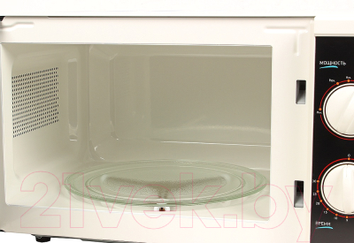 Микроволновая печь BBK 20MWS-712M/WB - с открытой дверцей