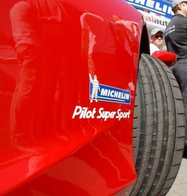 Летняя шина Michelin Pilot Super Sport 245/40R18 97Y