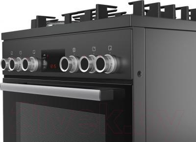 Кухонная плита Bosch HGD74X465R