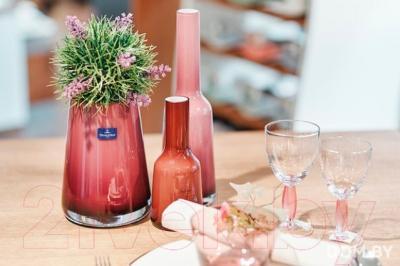Ваза настольная Villeroy & Boch Mini-Vases Nek (малина) - вид в интерьере