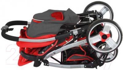 Детская прогулочная коляска Adamex Rally (голубой) - в сложенном виде на примере модели другого цвета