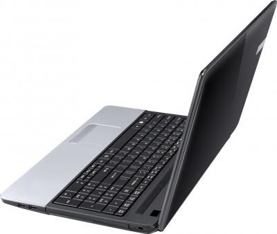 Ноутбук Acer TravelMate P253-MG-32344G75Maks (NX.V8AEU.002) - вид сбоку (справа)