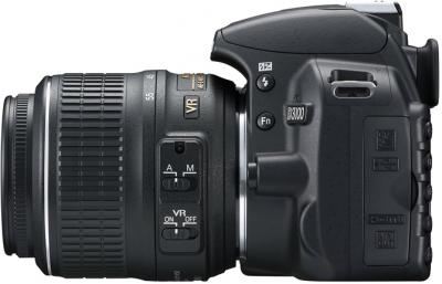 Зеркальный фотоаппарат Nikon D3100 Kit 18-55mm VR + 55-300mm VR - вид слева