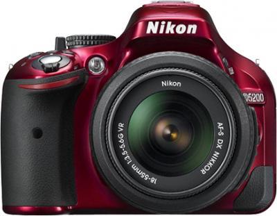 Зеркальный фотоаппарат Nikon D5200 Kit 18-55mm VR Red - вид спереди