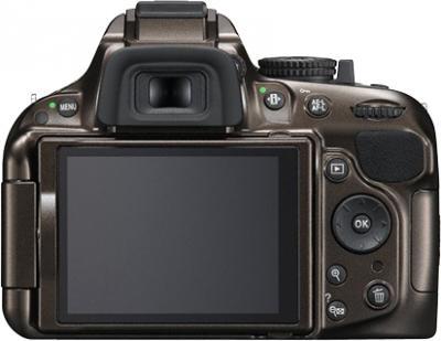 Зеркальный фотоаппарат Nikon D5200 Kit (18-55mm VR, бронзовый) - вид сзади