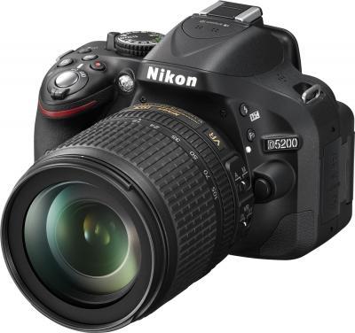 Зеркальный фотоаппарат Nikon D5200 Kit  (18-105mm VR) - общий вид