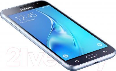 Смартфон Samsung Galaxy J3 (2016) / J320F/DS (черный)