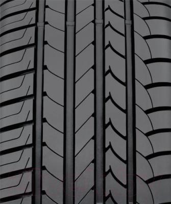Летняя шина Goodyear EfficientGrip 245/45R19 102Y RunFlat