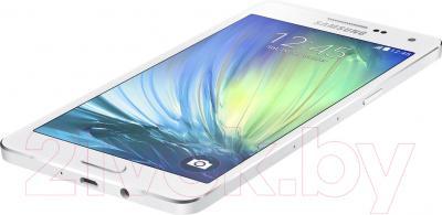 Смартфон Samsung Galaxy A5 / A500F/DS (белый)