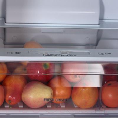 Холодильник с морозильником Hotpoint HF 7180 W O