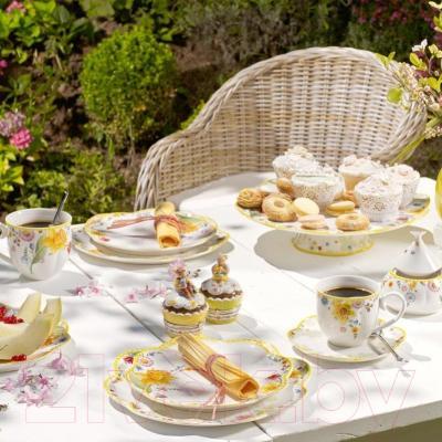 """Шкатулка Villeroy & Boch Spring Decoration """"Зайчик-мальчик с юлой"""" - коллекция Spring Decoration"""