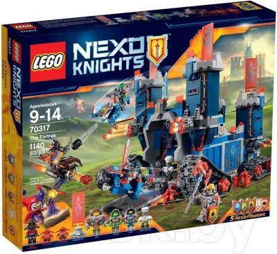 Конструктор Lego Nexo Knights Фортрекс - мобильная крепость (70317)