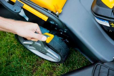 Газонокосилка бензиновая Stiga Combi 53 S B (295536028/S15) - регулировка высоты кошения