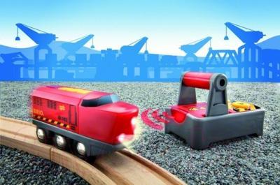 Элемент железной дороги Brio Радиоуправляемый локомотив 33213