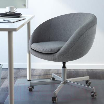Кресло офисное Ikea Скрувста 302.800.04 (серый) - в интерьере