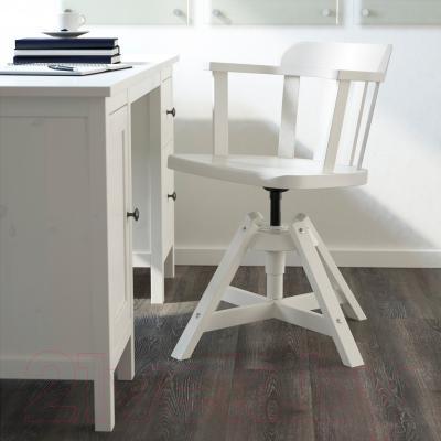 Стул офисный Ikea Феодор 302.882.36 (белый) - в интерьере
