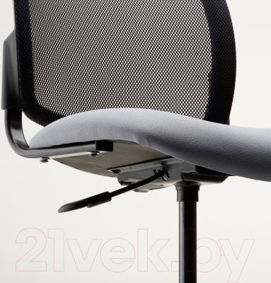 Кресло офисное Ikea Севальд 302.940.96 (черный/серый) - вид спереди