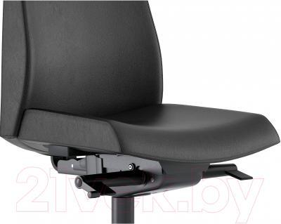 Кресло офисное Ikea Вольмар 402.929.21 (черный) - вид спереди