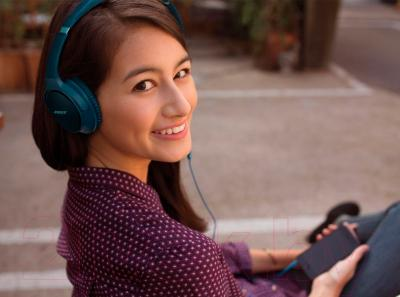Наушники-гарнитура Bose SoundTrue Around-Ear for iPhone (синий)