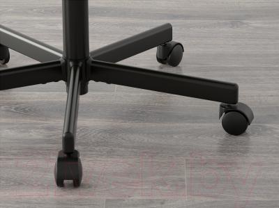 Кресло офисное Ikea Вингал 901.965.97 (черный) - колесики автоматически блокируются, когда стул не используется