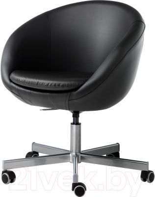 Кресло офисное Ikea Скрувста 602.800.26 (черный)