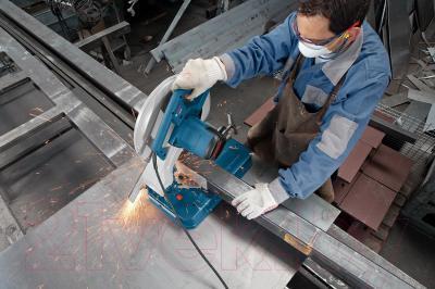 Профессиональная дисковая пила Bosch GCO 2000 Professional (0.601.B17.200) - в работе