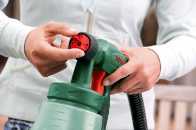 Краскопульт электрический Bosch PFS 65 (0.603.206.100) - в работе