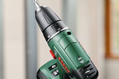 Аккумуляторная дрель-шуруповерт Bosch PSR 14.4 LI (0.603.954.320) - в работе