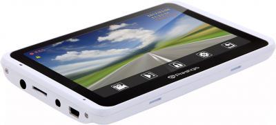 GPS навигатор Prestigio GeoVision 5800 BTHDDVR (microSD 4Gb) - вид сверху