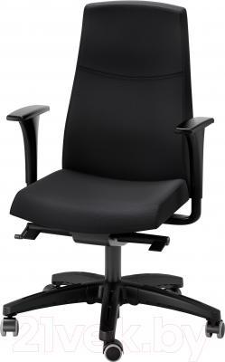Кресло офисное Ikea Вольмар 391.372.43 (черный)