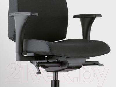 Кресло офисное Ikea Вольмар 391.372.43 (черный) - вид спереди