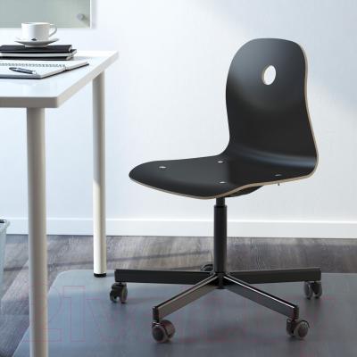 Стул офисный Ikea Вогсберг/Споррен 290.066.95 (черный) - в интерьере