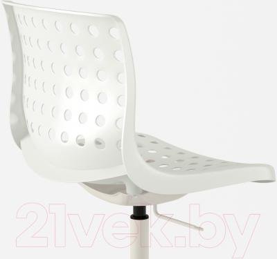 Стул офисный Ikea Сколберг/Споррен 690.236.12 (белый) - вид сзади