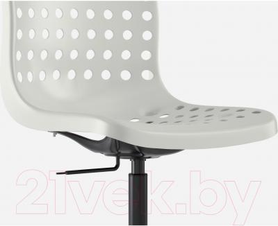 Стул офисный Ikea Сколберг/Споррен 790.236.02 (белый/черный) - вид спереди