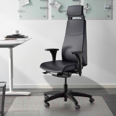 Кресло офисное Ikea Вольмар 890.317.34 (черный) - в интерьере