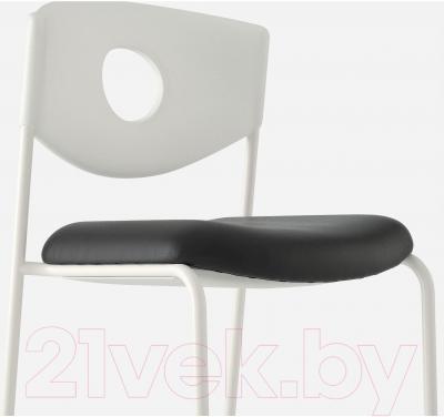 Стул офисный Ikea Стольян 899.074.52 (черный) - вид спереди
