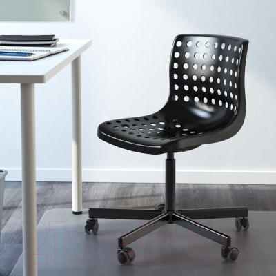 Стул офисный Ikea Сколберг/Споррен 990.236.01 (черный) - в интерьере