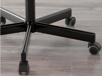 Кресло офисное Ikea Флинтан/Номинель 991.224.51 (темно-розовый) - колесики автоматически блокируются, когда стул не используется