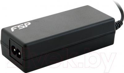 Мультизарядное устройство FSP NB65