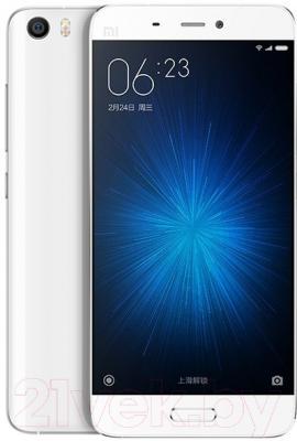 Смартфон Xiaomi Mi 5 32GB (белый)