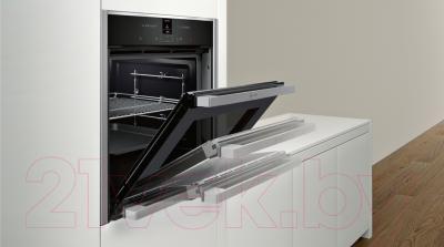 Электрический духовой шкаф NEFF B57CR22N0 - пример встраивания