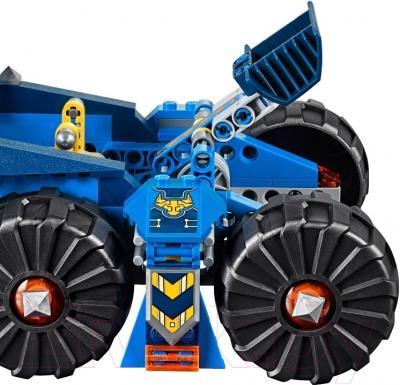 Конструктор Lego Nexo Knights Башенный тягач Акселя (70322)