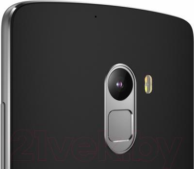 Смартфон Lenovo A7010 / PA2C0106UA (черный)